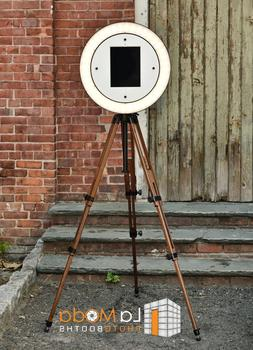 iPad Photo Booth Wood Tripod, led ring light. Gif Booth, gif